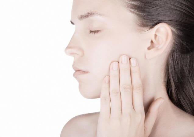 זיהומים בחלל הפה – כיצד הם משפיעים על בריאותנו הכללית