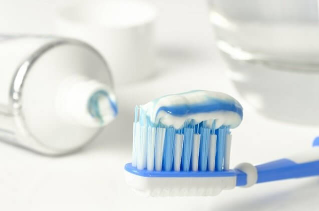 מוצרים להיגיינת הפה והשיניים המומלצים שיהיו בכל בית